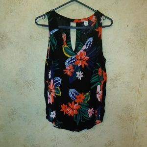 Old Navy Black&Multi-Colored Floral Sleeveless Top